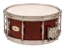 "Caixa Clara Black Swamp 5""x14"", madeira Maple, 5 esteiras Multisonic"